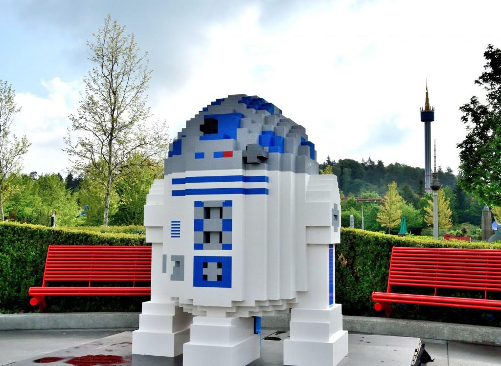 R2_D2_1